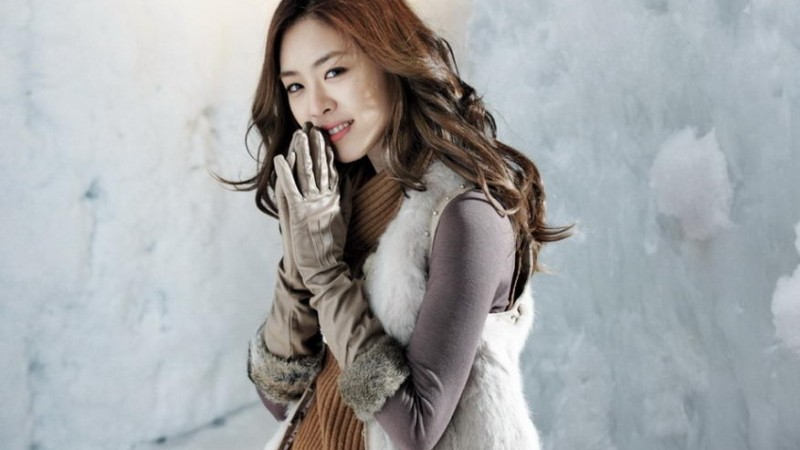 Lee-Yeon-Hee-cover-800x450