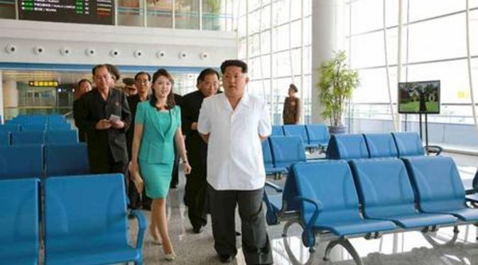 054393600_1435632954-20150630-KimJongUnPamerAirport-Pyongyang-KimJongUn