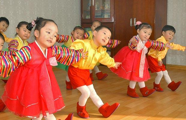 korean-kids_1203980i