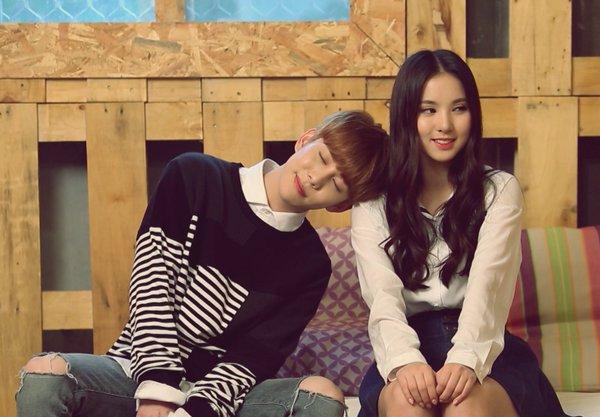 block-b-gfriend-park-kyung-eunha