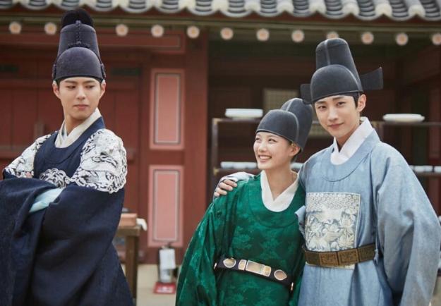 Park-Bo-Gum-Kim-Yoo-Jung-Jinyoung-2