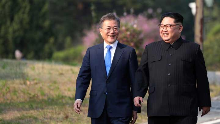 moon-jae-in-dan-kim-jon-un-2