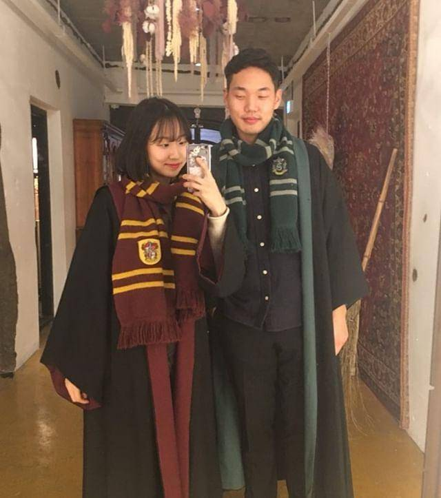 romantis-ala-harry-potter-ngedate-di-kings-cross-cafe-di-hongdae