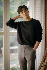 muda-mempesona-kim-min-jae-salam-korea