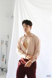 muda-mempesona-yeo-jin-goo-salam-korea